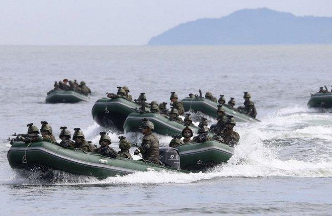 Ảnh hiếm đặc nhiệm Triều Tiên tập trận đổ bộ chiếm đảo - Ảnh 9.