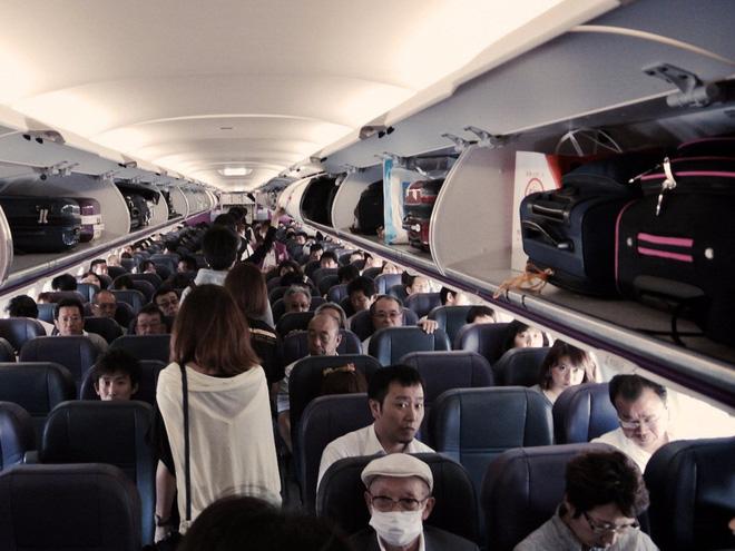 """1001 chuyện """"dở khóc dở cười"""" trên máy bay được chính tiếp viên hàng không tiết lộ - Ảnh 9."""