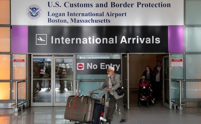 Bất chấp sắc lệnh của Tổng thống Trump, Mỹ cho 872 người tị nạn nhập cảnh