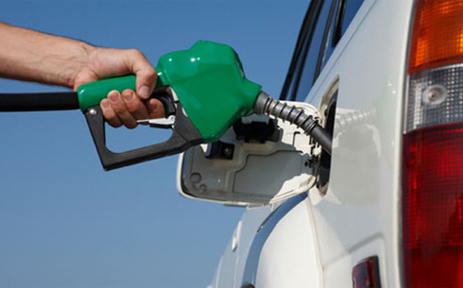 Giá xăng tăng khủng chiều nay?