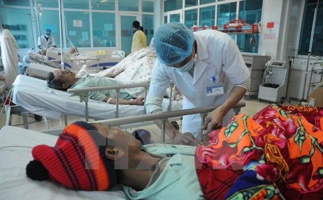 Thêm một trường hợp tử vong nghi do ngộ độc rượu ở Lai Châu