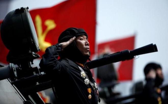 """Bình Nhưỡng dọa """"quét sạch Mỹ"""", quân đội Hàn báo động cao"""