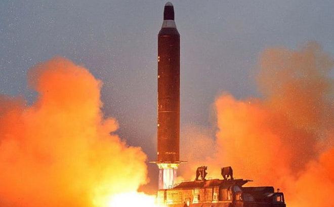 Hàn Quốc: Triều Tiên chưa làm chủ được công nghệ tên lửa ICBM