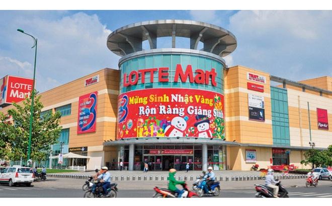 """Sau 1 thập kỷ vào Việt Nam, Lotte Mart lỗ tổng cộng 2.000 tỷ đồng, bất chấp đồ thị tăng trưởng doanh thu vẫn """"đẹp như mơ"""""""