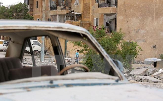 Syria tố Mỹ không kích bằng phốt pho trắng làm hàng chục người chết