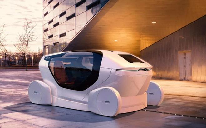 NEVS InMotion: xe tự lái kết hợp... văn phòng làm việc
