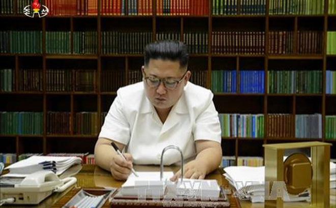 """Triều Tiên đe dọa """"gửi quà bất ngờ"""" tới Mỹ"""