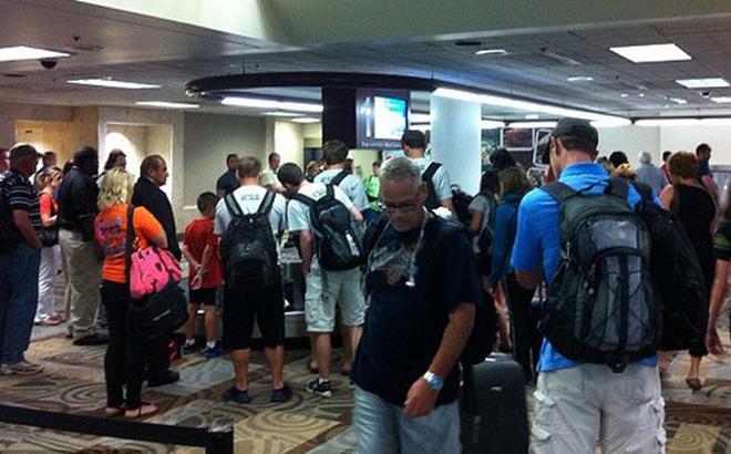 Hàng trăm túi hành lý của hãng hàng không Southwest Airlines bị ô nhiễm vì sự cố hi hữu đến từ… phòng vệ sinh
