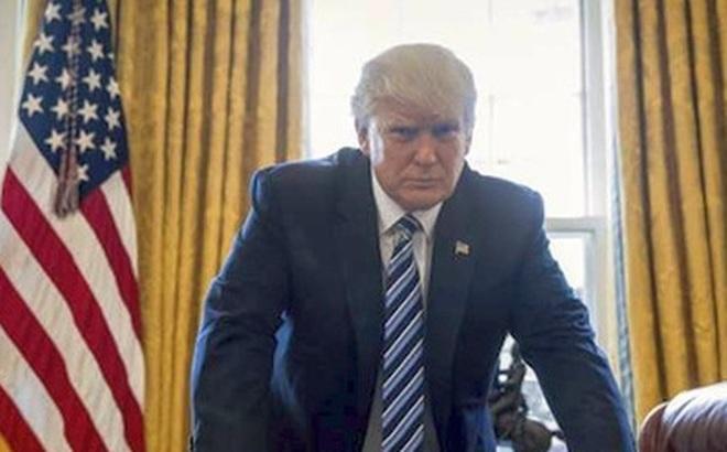 """Tổng thống Donald Trump dọa """"súng đã lên nòng"""" với Triều Tiên"""
