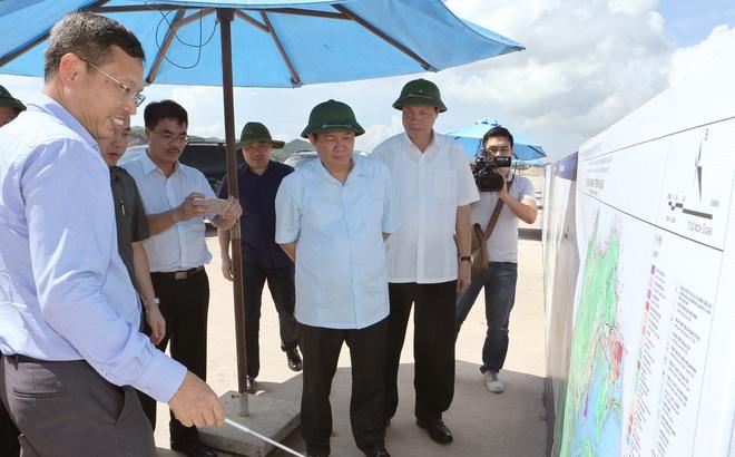 Phó Thủ tướng Vương Đình Huệ thị sát đặc khu kinh tế tương lai