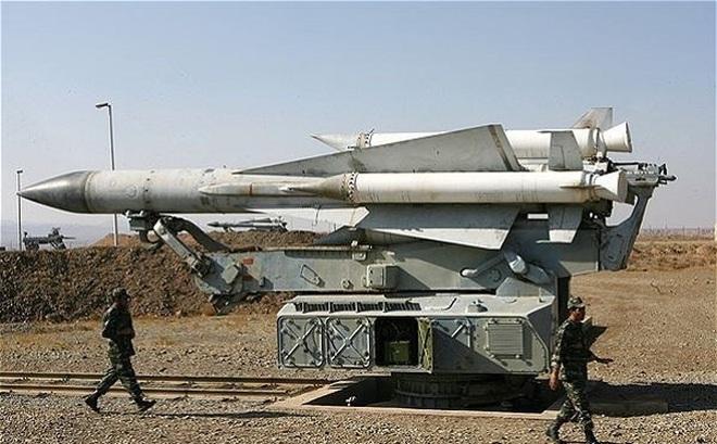Syria bắn tên lửa, chiến đấu cơ Israel tháo chạy