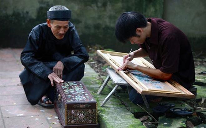Ở ngôi làng làm ra những bức tranh… nửa tỉ