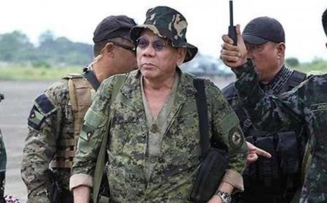 """Philippines """"bắt cá nhiều tay"""", vẫn coi Mỹ là đồng minh số 1"""
