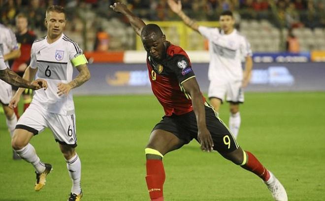 Mourinho tức điên vì Lukaku vẫn phải 'cày' dù đang chấn thương