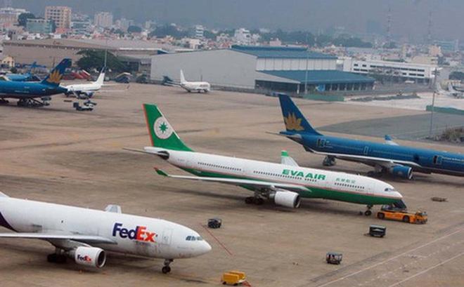 """Làm rõ khuyến cáo Việt Nam sẽ """"bội thực"""" về sân bay, cảng biển"""
