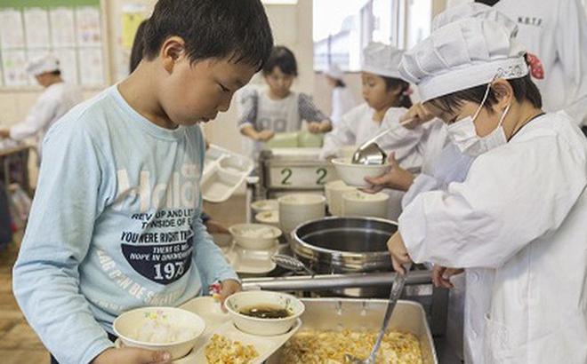 3 điều ấn tượng khiến bữa ăn trưa của học sinh Nhật Bản được nhiều người đánh giá là hoàn hảo nhất thế giới