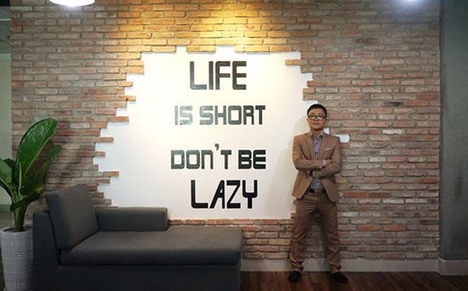 Đằng sau một CEO startup Việt thành công: 20 tuổi khởi nghiệp ôm về cục nợ cho bố mẹ, vứt hết tự trọng để xin 1000 đồng mua bánh mỳ ăn qua ngày
