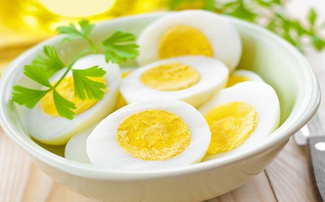 TS khoa Dinh dưỡng: 6 lưu ý quan trọng khi ăn trứng để hấp thụ 98% chất dinh dưỡng