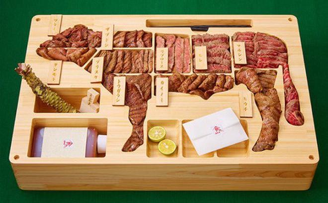 Hộp cơm thịt bò giá gần 70 triệu, đắt cỡ chiếc SH?