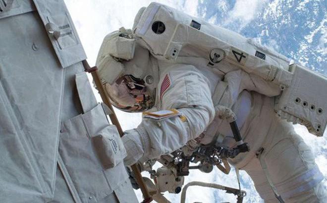 """Giới khoa học xôn xao khi tìm ra căn bệnh """"sốt vũ trụ"""" rất nguy hiểm với các phi hành gia"""