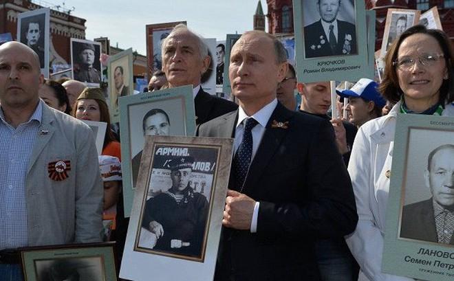 Tổng thống Putin kể chuyện ít người biết về người cha trong Thế chiến II