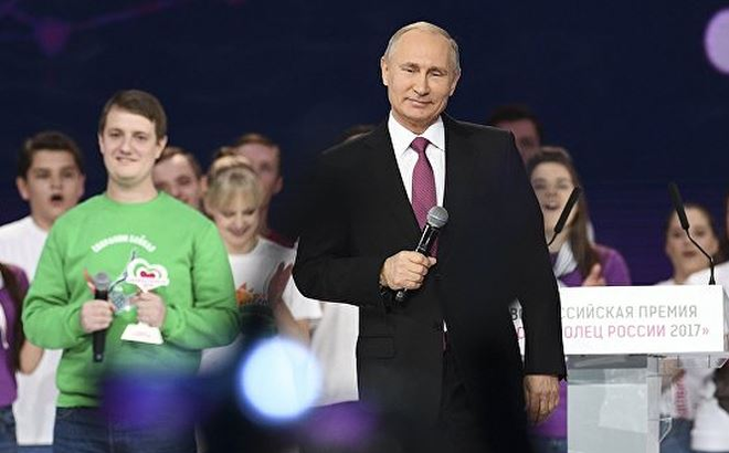 Tuyên bố tranh cử Tổng thống 2018: 'Nước cờ' khôn ngoan của ông Putin