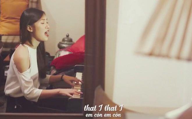 Khánh Vy đánh piano, cover một lượt bài hát của Chi Pu bằng Tiếng Anh