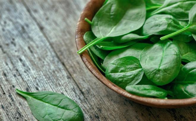 Chuyên gia hướng dẫn cách ăn rau bổ sung canxi hiệu quả hơn cả uống sữa