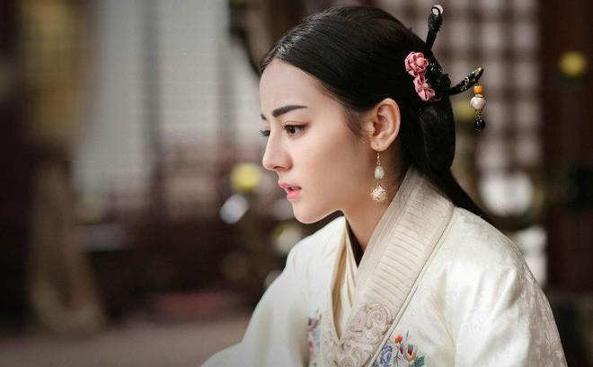 6 thủ pháp huyền bí người Trung Hoa xưa từng dùng để kiểm tra trinh tiết phụ nữ, trong đó có xem tướng mạo
