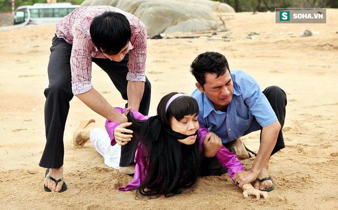 Hoàng Mập: Đóng cảnh bị cưỡng bức, Việt Hương chảy máu thật, bầm tím khắp người!