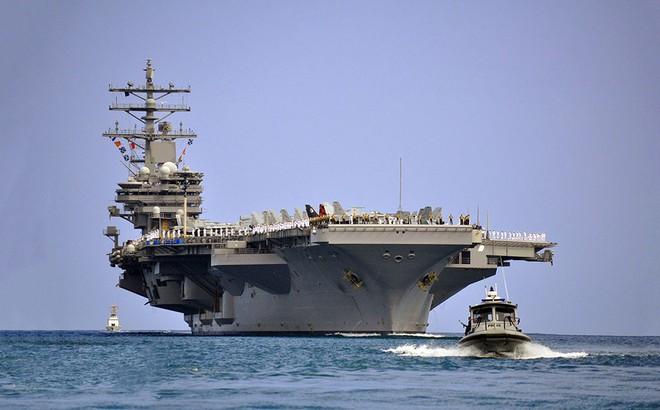 """2017: Năm vận hạn """"bủa vây"""" Hạm đội 7 Hải quân Mỹ"""
