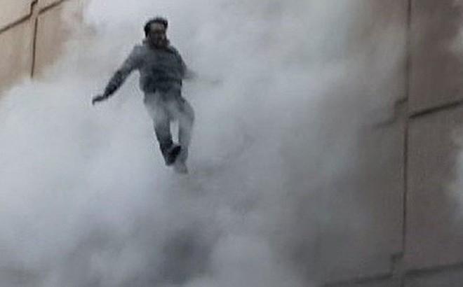 Người đàn ông sống sót kỳ diệu sau khi liều mình nhảy khỏi tầng 4 trong vụ cháy lớn trong lịch sử Hàn Quốc
