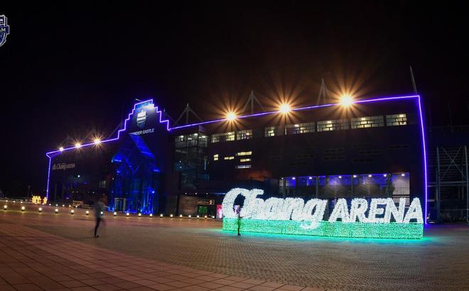 Buriram nhận 800 tỷ đồng để đổi tên sân nhà thành Chang Arena