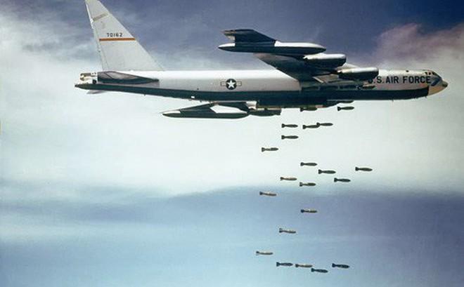 """""""Mắt thần"""" vạch nhiễu B-52"""