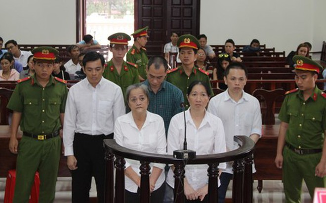 Nhiều siêu xe được buôn lậu từ Campuchia về Việt Nam như thế nào?