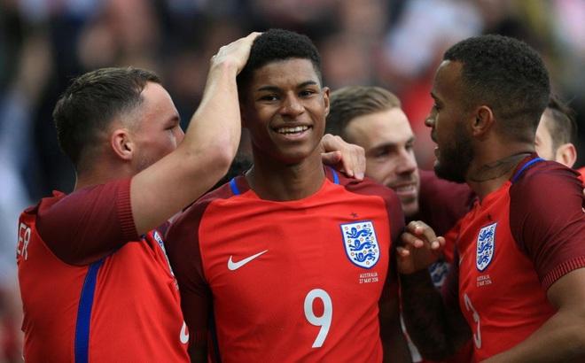 Marcus Rashford: Rooney mãi phi thường, nhưng tương lai là của Rashford
