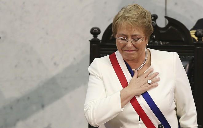 Michelle Bachelet: Nữ tổng thống quyền lực duy nhất ở châu Mỹ - Ảnh 5.