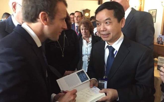 First News có bản quyền xuất bản sách của Tổng thống Pháp Macron
