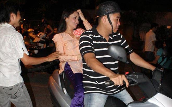 Những công việc đặc biệt của người thân sao Việt