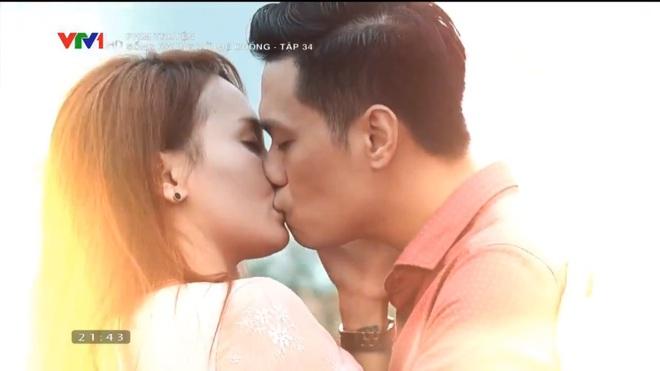 [Video] Tập cuối Sống chung với mẹ chồng: Cảnh hôn say đắm của Việt Anh - Bảo Thanh dài nhất lịch sử phim Việt - Ảnh 10.
