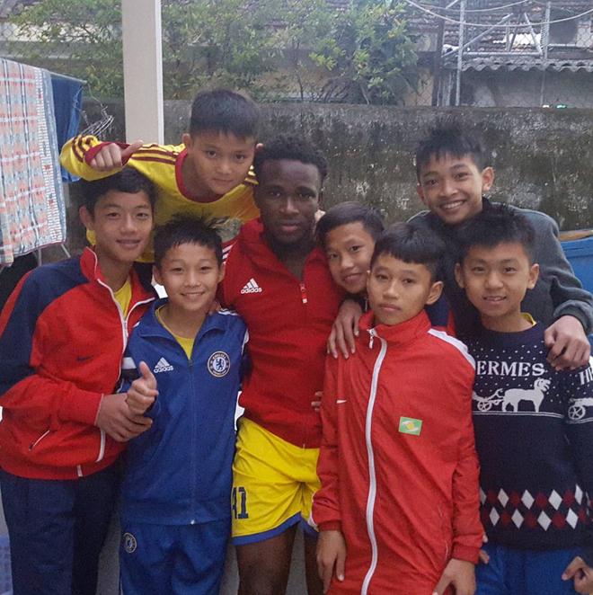 Hiện tượng V-League 2017: Tôi muốn xô đổ kỷ lục của Lê Huỳnh Đức - Ảnh 2.