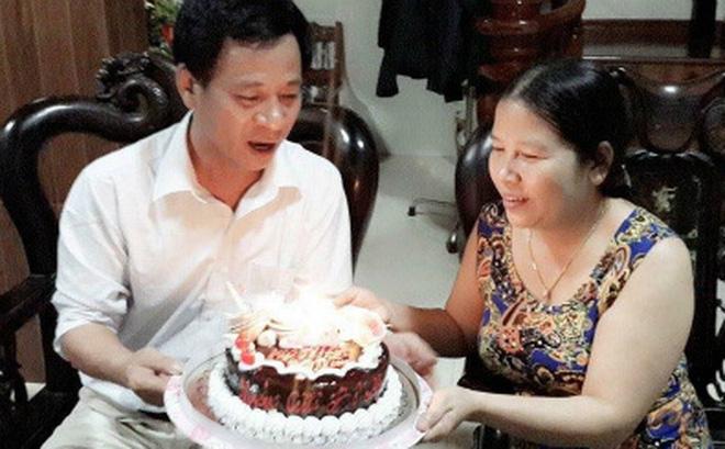 Chuyện người chồng U60 khóc nấc một mình, ngày đêm săn sóc bà vợ mắc nan y