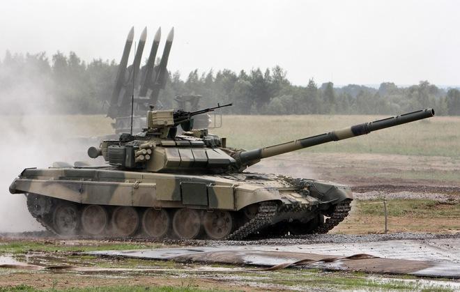 Hai loại vũ khí hiện đại nhất của Việt Nam được xếp cạnh nhau tại Triển lãm MAKS 2017 - Ảnh 2.