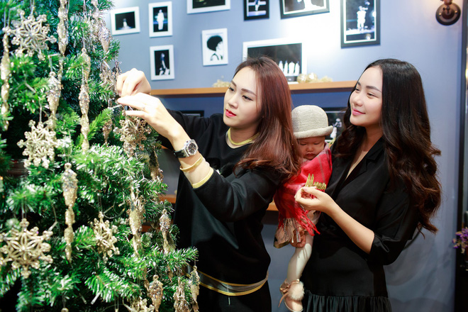 Phan Như Thảo đưa con gái ra Hà Nội thăm bạn thân - siêu mẫu Ngọc Thạch - Ảnh 10.