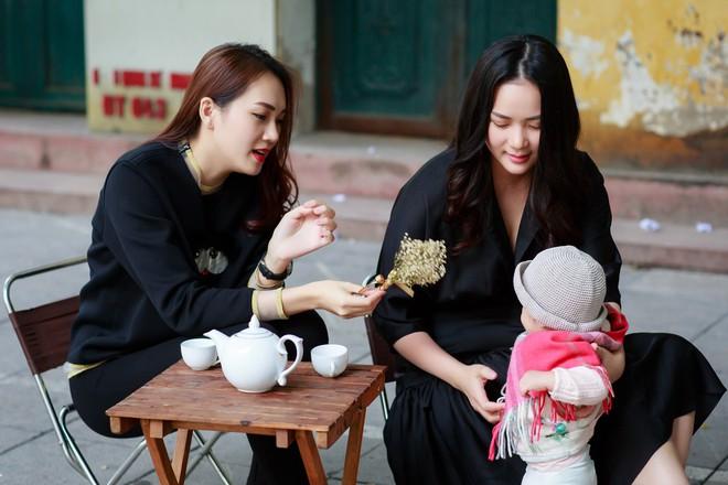 Phan Như Thảo đưa con gái ra Hà Nội thăm bạn thân - siêu mẫu Ngọc Thạch - Ảnh 7.
