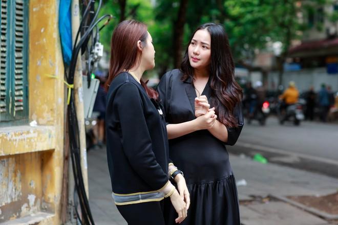 Phan Như Thảo đưa con gái ra Hà Nội thăm bạn thân - siêu mẫu Ngọc Thạch - Ảnh 2.