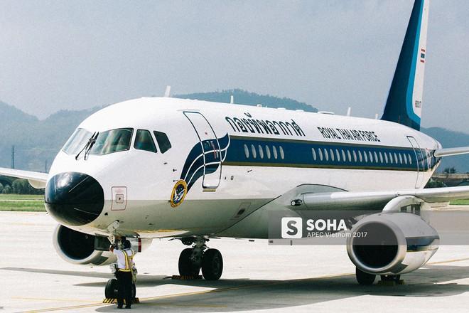 [ẢNH] Nhìn lại dàn máy bay, chuyên cơ khủng đổ về Đà Nẵng trong Tuần lễ Cấp cao APEC - Ảnh 7.