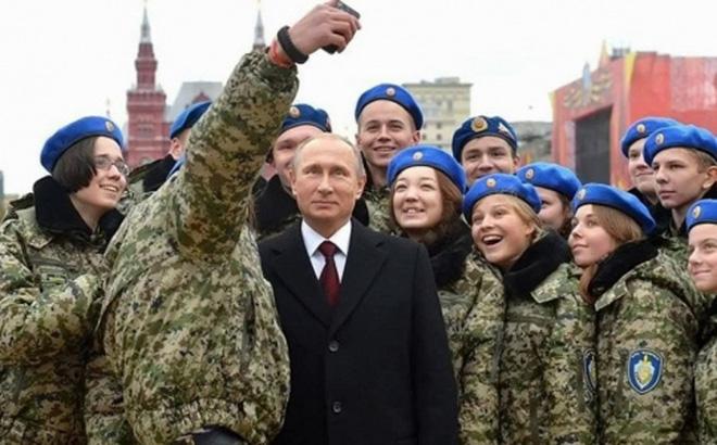 Tổng thống Putin tuyển người tài hơn 'chọn người nhà'