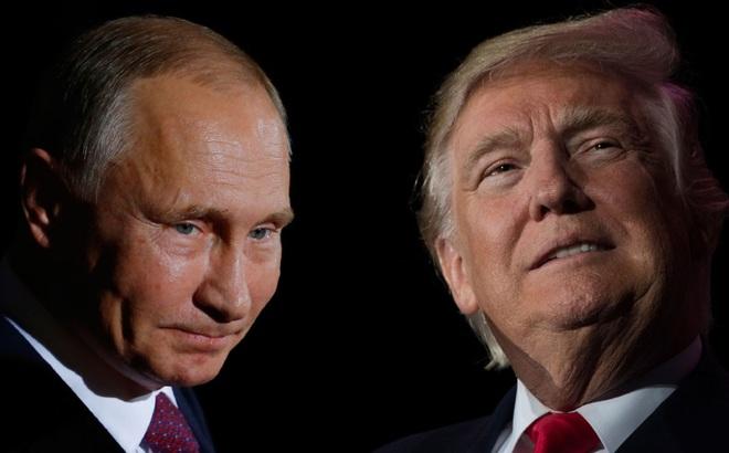 """Người Mỹ """"lo ngay ngáy"""" khi nhìn hành trang ông Trump chuẩn bị để đến gặp ông Putin"""