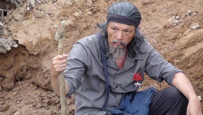 Nỗi đau quá lớn của gã giang hồ Lương Bổng: Bom rơi giữa sân, cướp đi mạng sống của mẹ, chị gái - Ảnh 3.